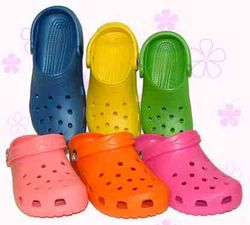 Crocs on Yom Kippur?
